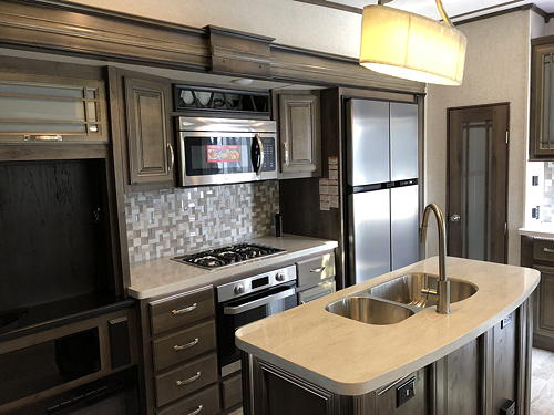 The Appliances in our Montana 3120RL