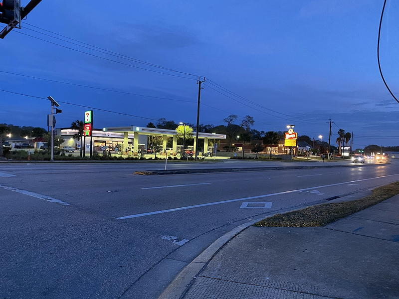 There was a 24-hour 7-11 store and a Wendy's restaurant across Route A1A from the St. Augustine Beach KOA campground.